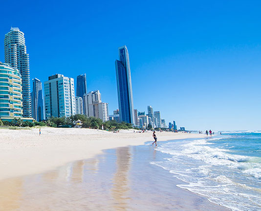 surfers paradise beach midday sunshine