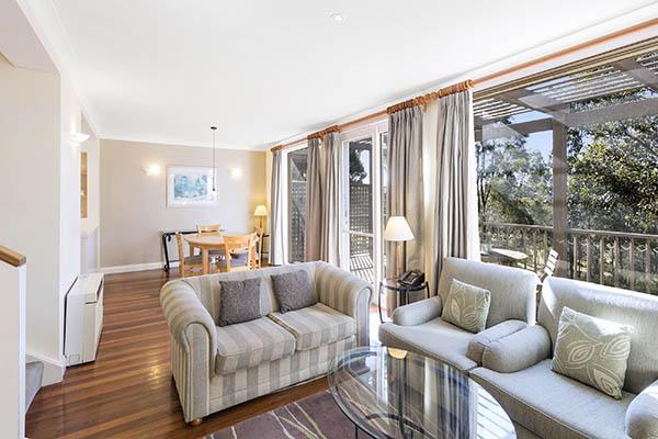 Oaks Cypress Lakes Resort 2 Bedroom Villa Living